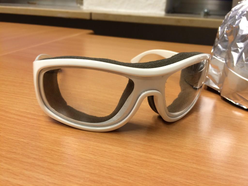 Chemtrails Schutzhelm und Brille